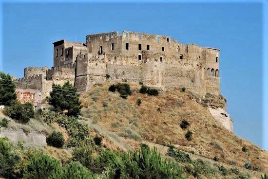 Rocca Imperiale, il Castello svevo